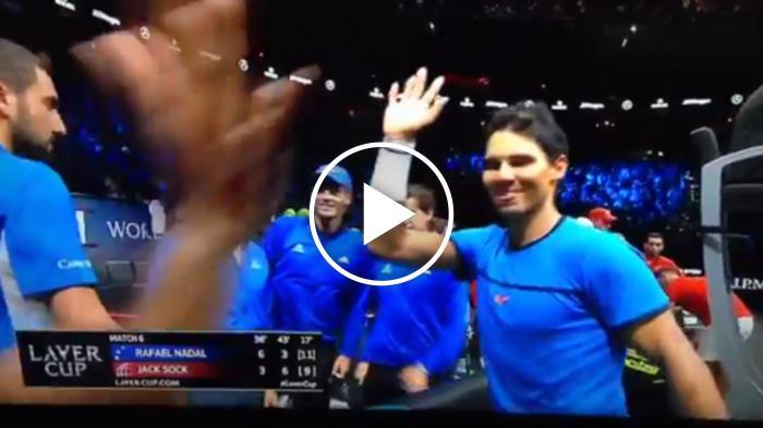 Happy Nadal high fives Federer et toute l'équipe  L'Europe 