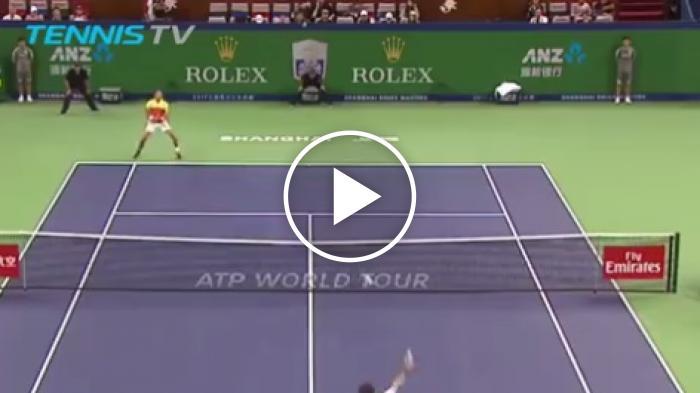 Le Majestic Federer détient 47 secondes de service!