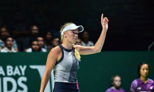 WTA FINALS – Caroline Wozniacki limoge Elina Svitolina  58 minutes