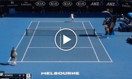 Roger Federer frappe le vainqueur fantastique