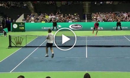 Federer SABRing Sock – Match pour l'Afrique