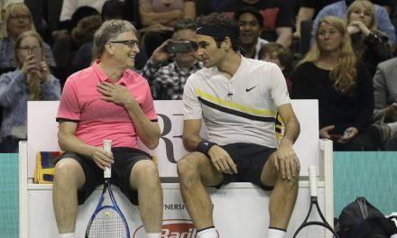 """Bill Gates: """"J'ai été impressionné de parler à Roger  Federer '"""