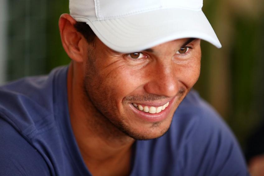 """Nadal: """"Federer dit d'abord qu'il veut me faire face sur terre battue, puis  ne joue pas '"""