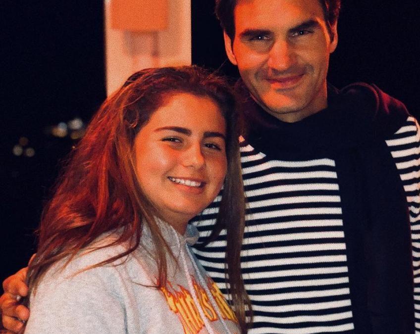 Roger Federer profite de vacances relaxantes à Ibiza!