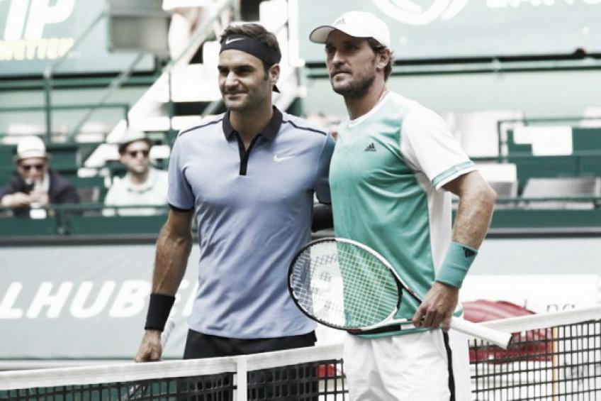 Roger Federer démolit Mischa Zverev en 40 minutes  Halle 2013
