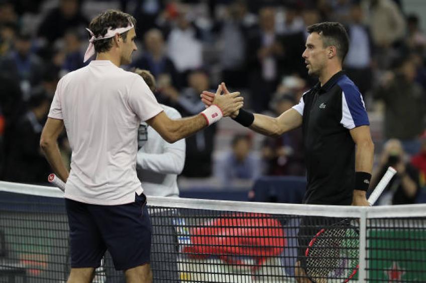 Roger Federer a reçu le favoritisme de l'arbitre, affirme Bautista Agut