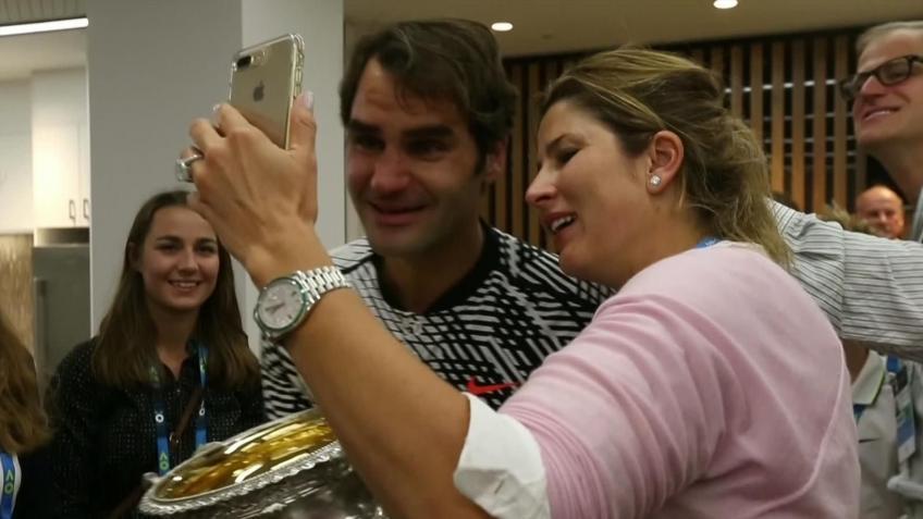 J'ai frappé avec mes quatre enfants le lendemain de Djokovic match, dit Roger Federer