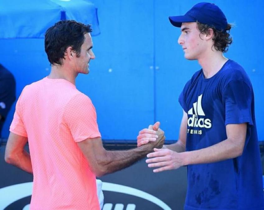 'Tsitsipas a grandi en voyant Roger Federer. Match vs Nadal était clé '- mère