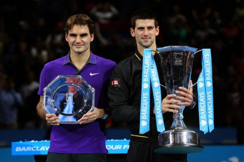12 novembre 2012: Novak Djokovic aux prises avec Roger Federer au Finale ATP