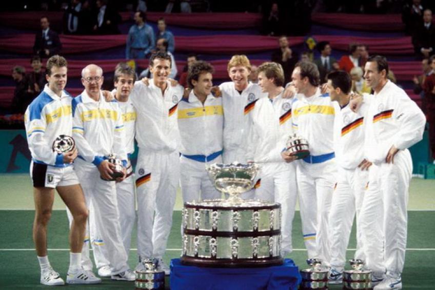 17 décembre 1989: Boris Becker remporte le titre de la Coupe Davis défense pour l'Allemagne