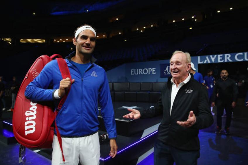 Roger Federer brise la tactique avec le bois vintage raquettes
