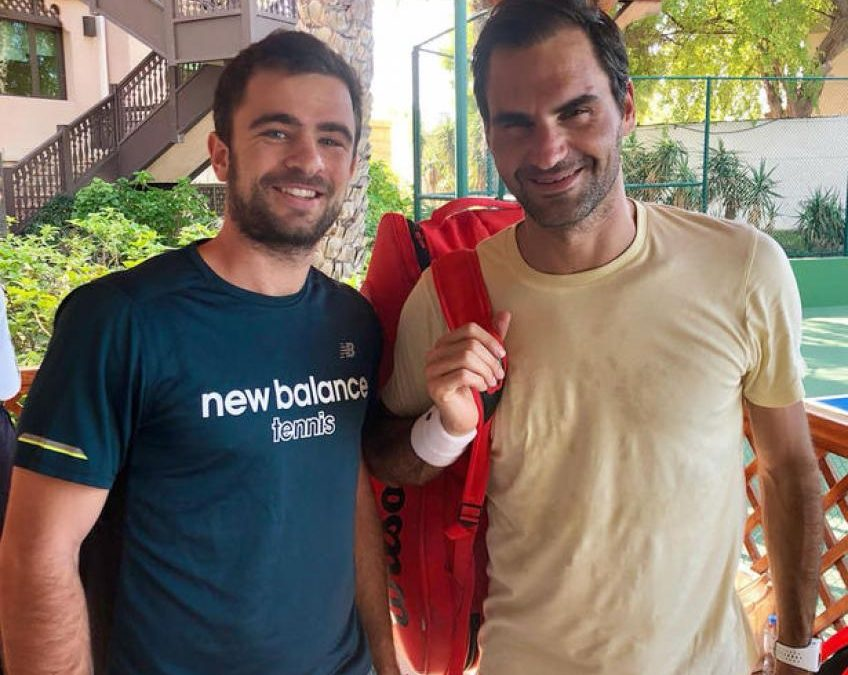 Roger Federer n'avait pas de garde du corps. Il était tellement détendu – Frapper partenaire