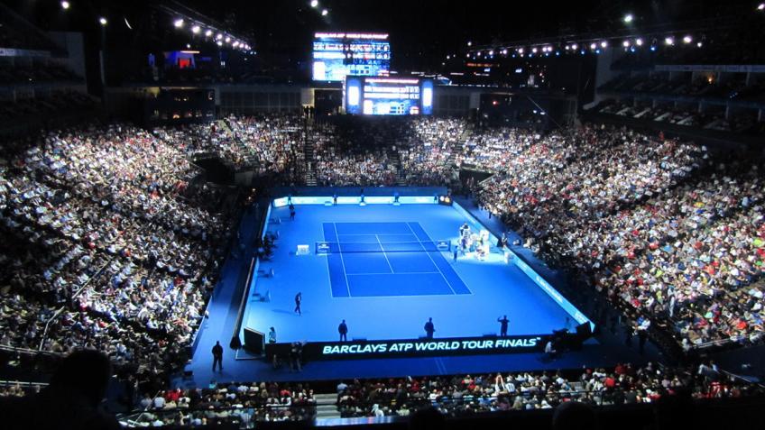 Darren Cahill demande à l'ATP d'effectuer des changements de surface à l'ATP Finales
