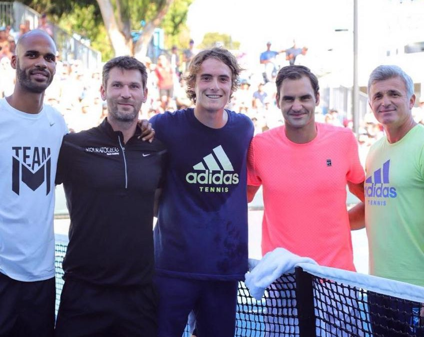 Avant l'entraînement avec Roger Federer, Tsitsipas devient incroyable Prix ATP