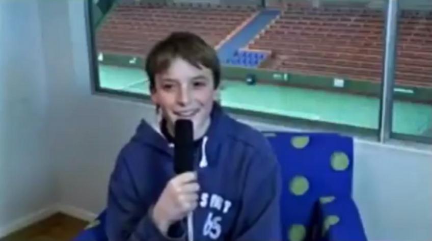 """Tsitsipas, 13 ans: """"Mon idole est Federer, je vais essayer de atteindre le sommet'"""