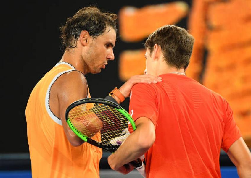 Face à Rafael Nadal sur Rod Laver Arena était surréaliste, dit Alex De Minaur